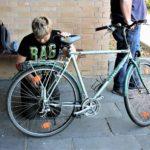 Die Fahrradwerkstatt-AG nimmt ihren Betrieb auf